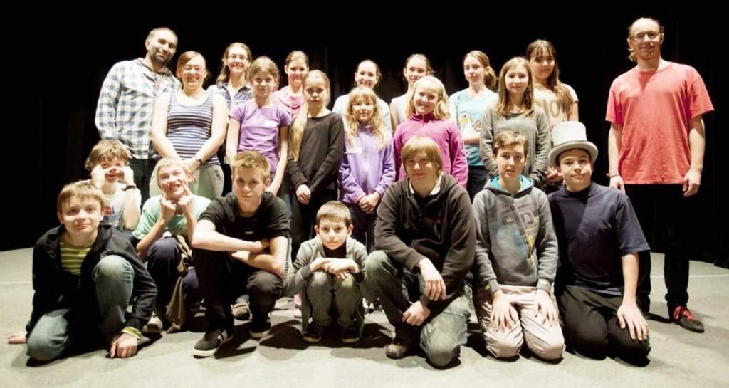 Členové Orla Telnice na Divadelní dílně v Boleradicích